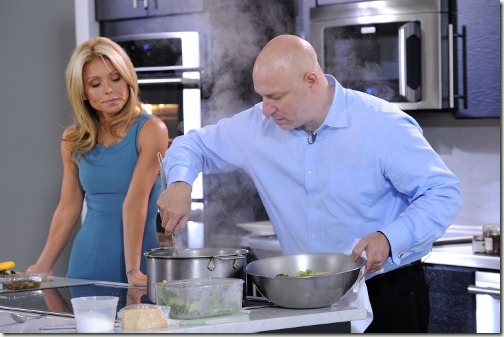 attends Kelly Ripa, Tom Colicchio & Electrolux Dial Down The Drama Of Last-Minute Entertaining at Center 548 on May 18, 2011 in New York City.