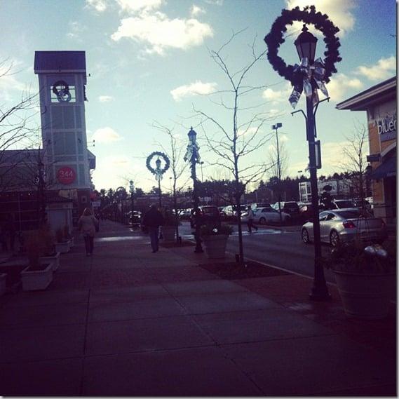 HolidayShoppingatDerbyStreet