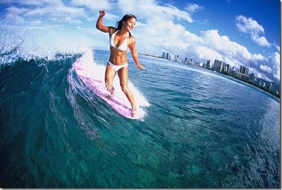 Mimi_surfing