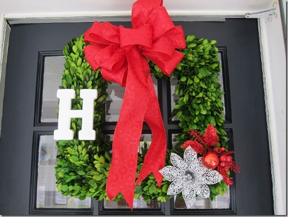 holiday wreath  (600x450)