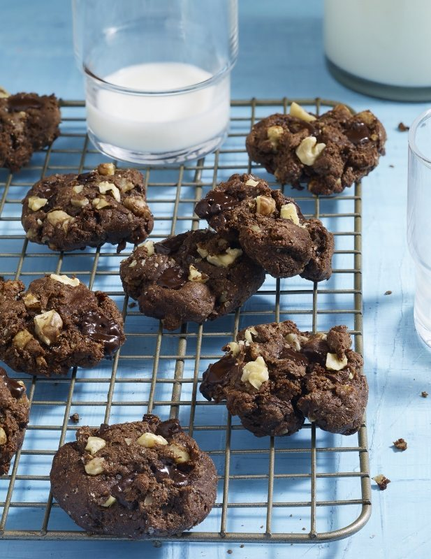 Double Chocolate Chip Walnut Cookies from the Skinnytaste Cookbook
