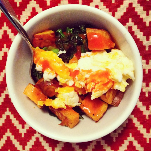 Second breakfast: Sautéed kale, roasted sweet potatoes, scrambled eggs & buffalo sauce. #yum #secondbreakfast #buffalosauce #kale #breakfast