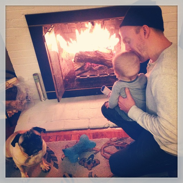 First fire of the season. ❤️ #family  #love #firstfire #junebaby #holidays