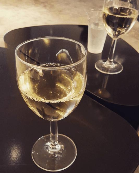 happy_hour_wine