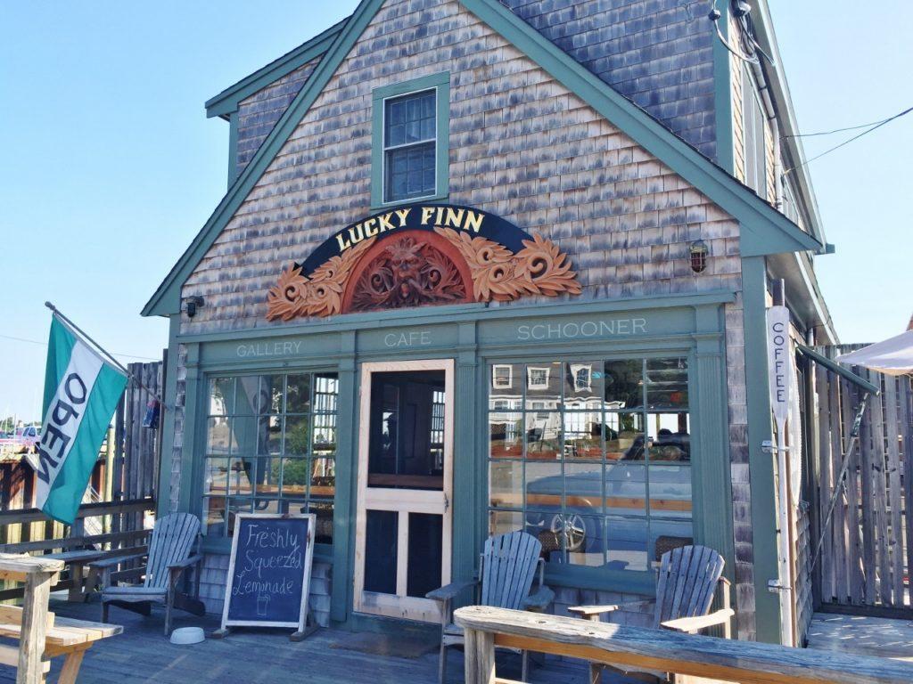 lucky finn cafe (1280x960)